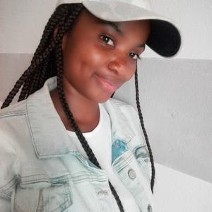 Mbalenhle Thokozile - Johannesburg,Gauteng : Architecture student