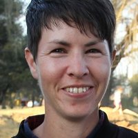 Acoustic guitarist with 23 years of experience gives acoustic guitar lessons in Cape Town area
