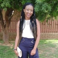 Education student at the University of Pretoria and offering tutoring sessions up grade 12