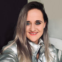 Hello, my name is Kyla and I'm a certified teacher and tutor with 3 years experience. I offer to teach English and Afrikaans. I am kind, patient, warm and very enthusiastic. Sign up with my class so w