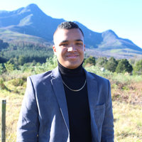 Human Resource Student offering Business Studies and Economics lessons in George, Western-Cape.