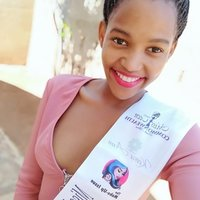 Netball player offering extra coaching/ practice to young girls in Port Elizabeth