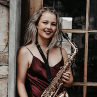 Saxophone performer offering lessons from beginner to advanced level (grade 8). Specializing in classical playing.
